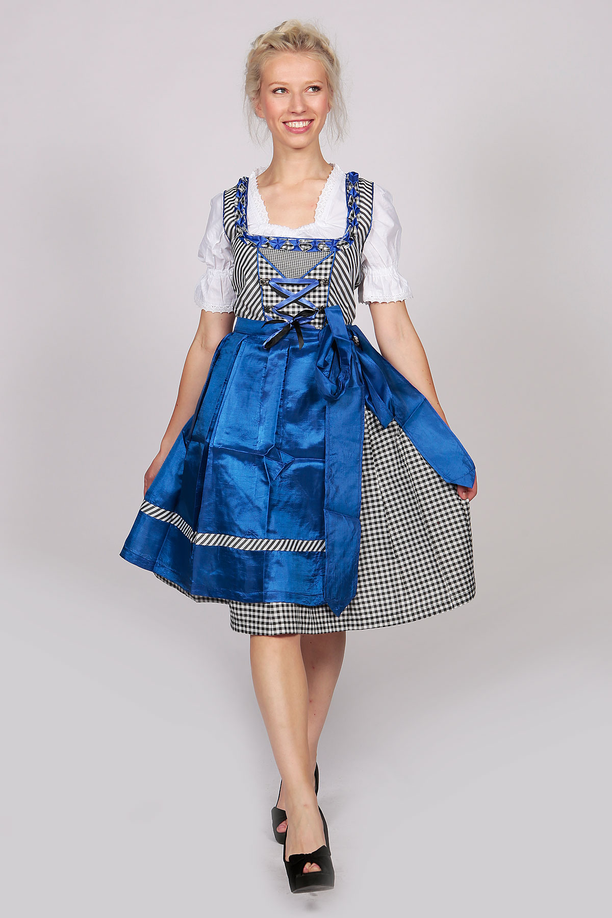 midi checkered dirndl emily satin blue lederhosen store. Black Bedroom Furniture Sets. Home Design Ideas